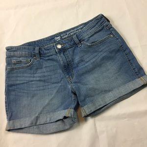 Gap sexy boyfriend jean short shorts 6 / 28R